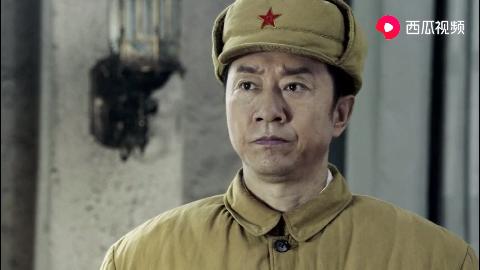 国军战犯王耀武受到上级领导表扬,激动流泪,连说谢谢