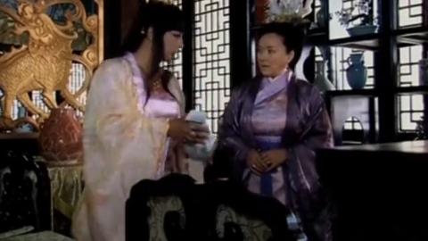 活佛济公:贪财婆婆,想私吞家产,男扮女装的济癫,戏弄老妇人?