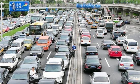 私家车车牌可终身使用,新政策实施,还有哪些好处呢?
