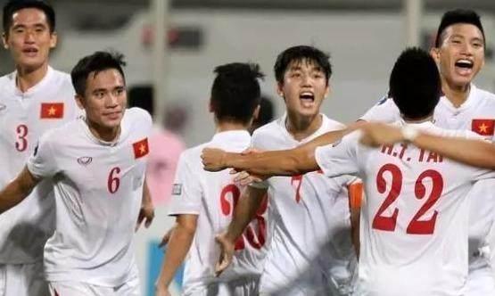 输完泰国输越南,范志毅一语成谶,中国足球未来