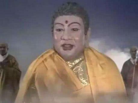 西游记如来佛祖的扮演者,去泰国旅游买佛像,结果发现图片