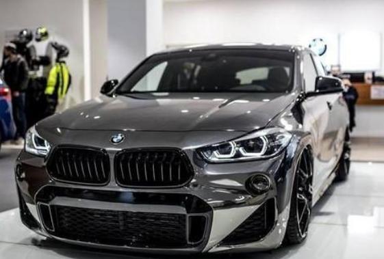宝马全新SUV上市,2.0T+8AT百公里6个油,还配四驱系统