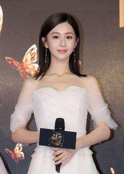 19岁考入中戏,21岁搭档杨洋成名,最近凭一角色火遍全国