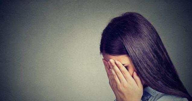 朋友女子圈购买减肥药,吃完彻夜睡不着觉,女孩v朋友12岁医生减肥方法图片
