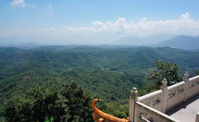 王仙岭旅游风景区: 用户评价评分4.3/5.0 好评率:90.