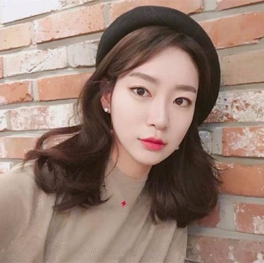 2018年流行短发发型图片 想要韩范儿照着剪!显脸小