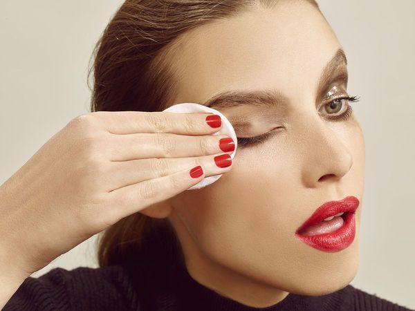 上定妆粉为什么会卡粉 学会正确的定妆方法