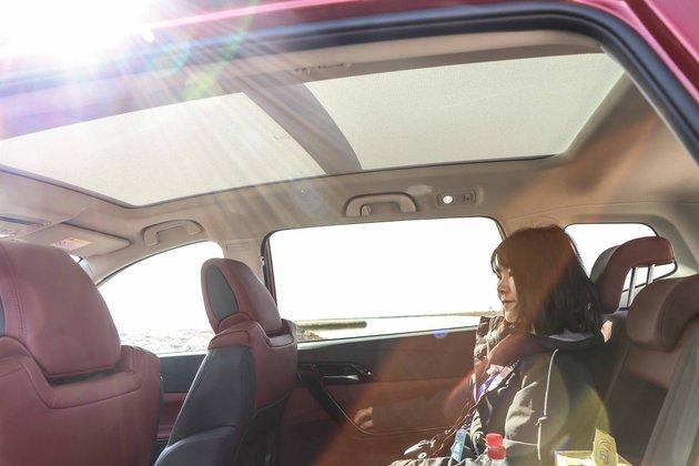 """新时代的SUV就得""""好玩""""!试驾东风风行T5 300T智慧型"""