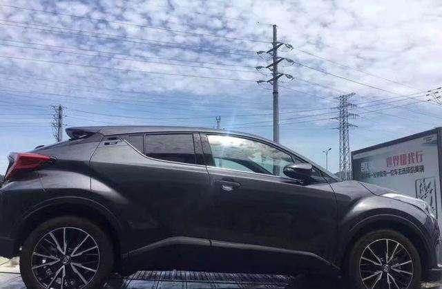 首批丰田CHR到店实拍, 售12万起, 将让国产车无法生存