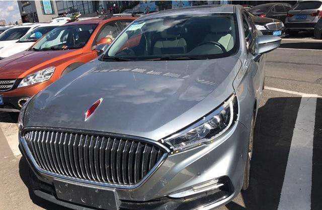 红旗首台轿跑到店实拍, 新车预售15.68万, 这次不走高端玩走量