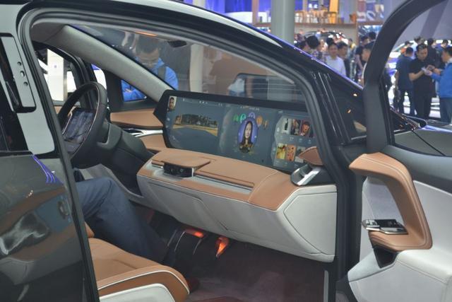 造车新势力!这款SUV与model-X同级,配50寸大屏,或30万起