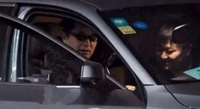 """""""饭局门""""事件过后的毕姥爷过得很惨吗?看他的座驾就知道了!"""