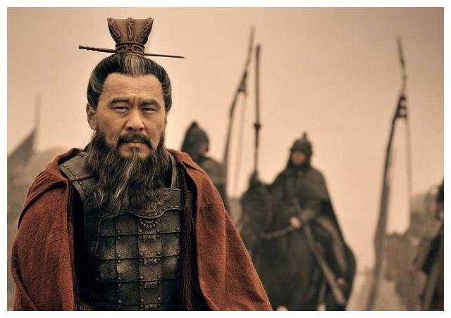 导读:面试官:《三国演义》中曹操、刘备、孙权
