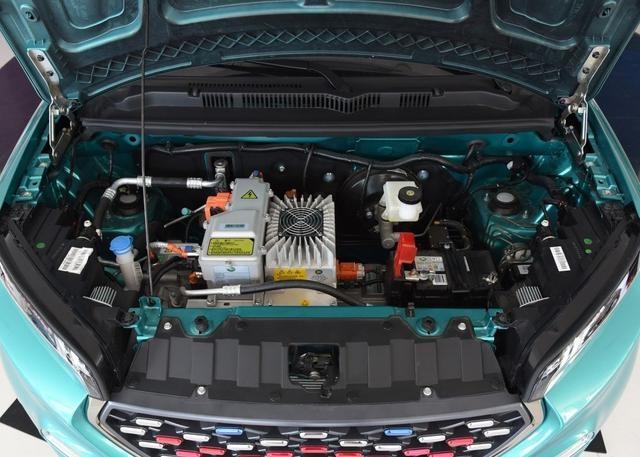 这款微型车电动环保,适合在城市中穿梭,售价在9万!