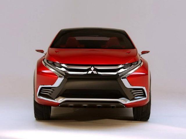 三菱SUV颜值完胜CRV,配1.5T加四驱仅售10万,大众途观凉了