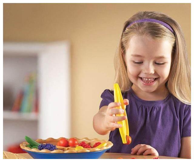 最适合一岁多宝宝玩的亲子小游戏,让宝宝越玩