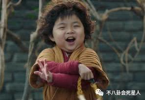 新版萌娃的搞笑功力完全不输郝劭文,看来又一个表情帝要诞生啦!图片