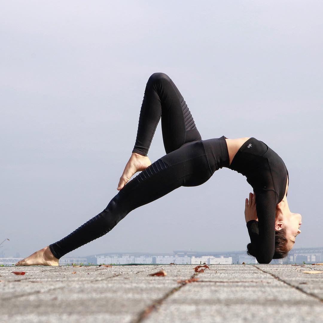 她4天腰围缩小了3cm,全靠这6个瑜伽动作图片