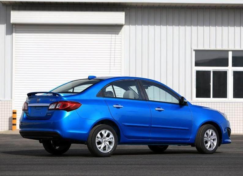 长安这款轿车仅6.19万起售,搭1.5L发动机,工信部综合油耗6L!