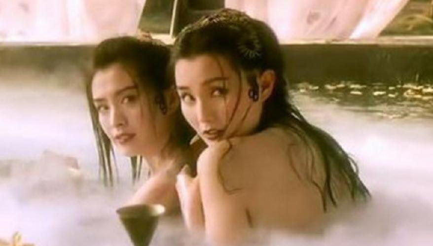 徐克电影中风华绝代的女主之——张曼玉,青蛇最为经典图片