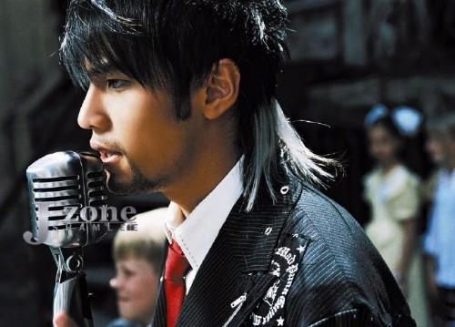 5位狼尾头发型的男明星,范丞丞黄子韬周杰伦,你最喜欢图片