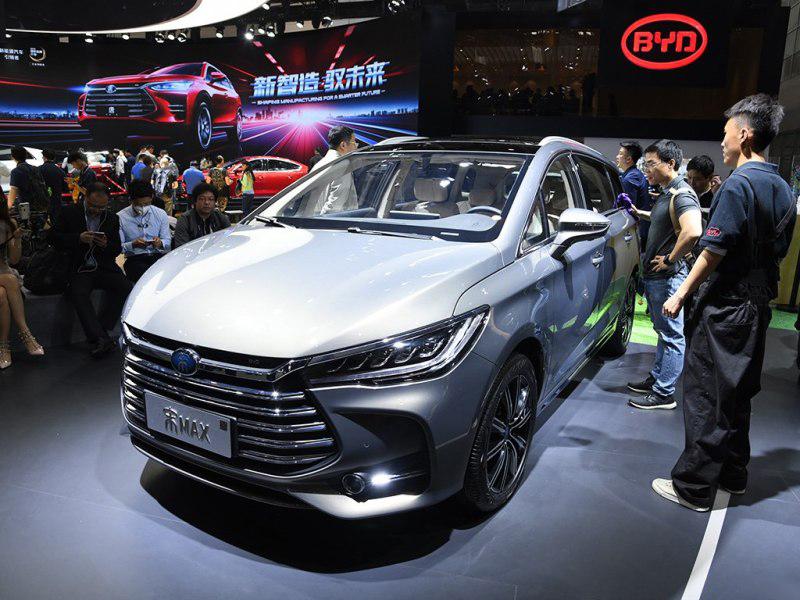 比亚迪唐EV/宋MAX插混车型广州车展开启预售