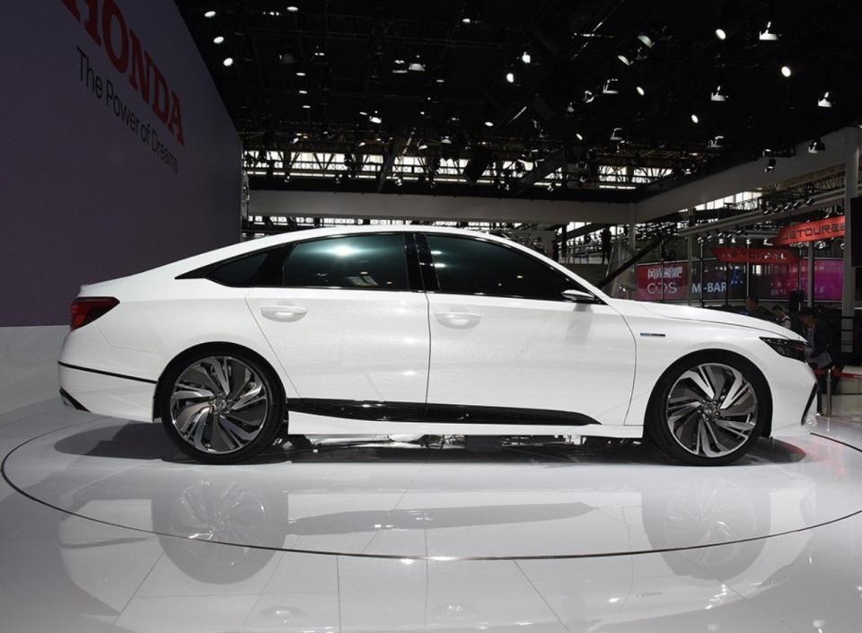 本田继雅阁之后又推出一款中级车,新车更帅更运动,月底亮相!