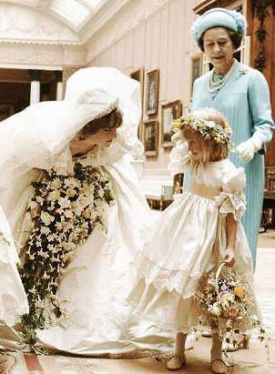 比婆婆戴安娜的婚纱贵十倍,梅根的婚纱将会是什么样?