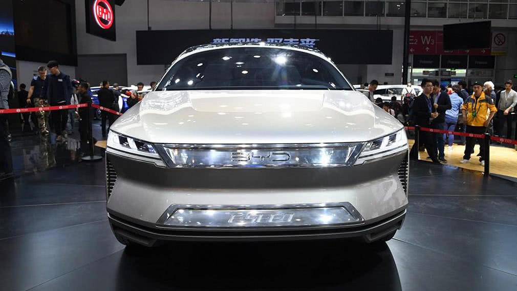 """比亚迪""""夏""""造出来了,比唐高端,车门比特斯拉SUV还优秀"""