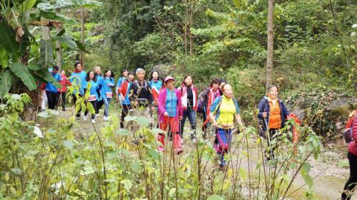 2018徒步中国·全国徒步大会黔西南(安龙)站举办