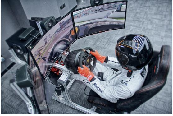 KTM X-Bow eSports Series 让你成为赛车手不再是梦!