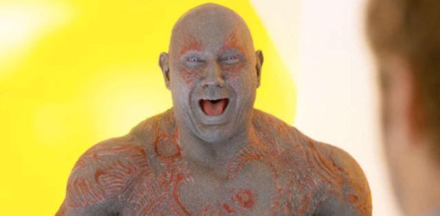 """漫威电影中的""""没头脑"""",德拉克斯蠢得没边,最后一位被雷神吐槽"""