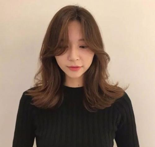 2018流行中短发学生图片,微乱睡不醒中短发真郑爽剪发型头图片