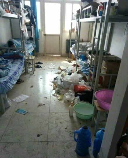 大学生宿舍, 整洁脏乱大比拼!图片