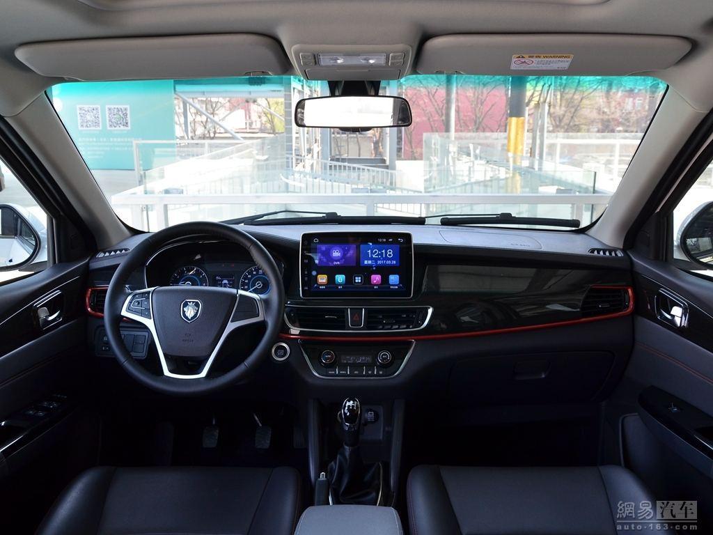 国产又出亲民MPV, 配10.1寸超大屏幕, 卖6万舒适度堪比奥德赛