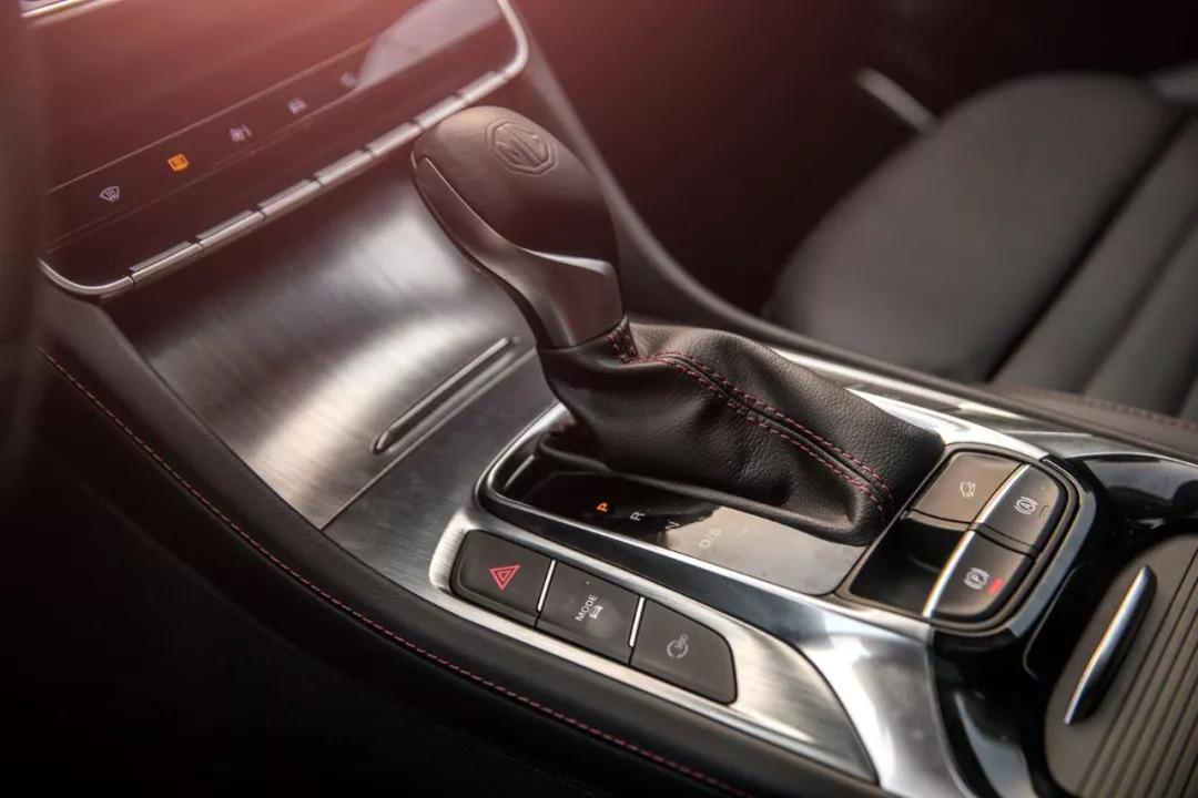 名爵HS试驾:驾驶感受不逊CR-V,靠的可不仅仅是荷尔蒙