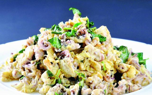 做奶油汤时放一点,或是用荆芥叶拌黄瓜味道也不错.鸡蛋预热会化吗图片