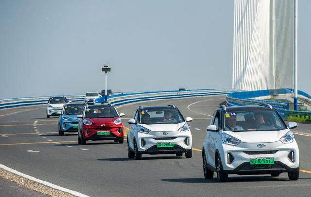 试驾小蚂蚁400:仅售6万元的小车 却有实力做到大中小城市通吃?