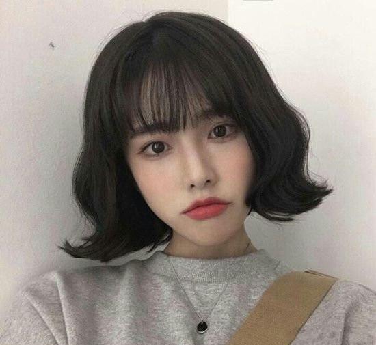 清新软萌的齐耳短发发型图片