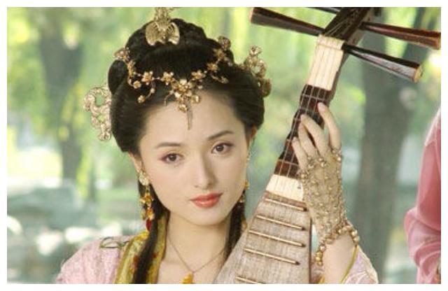 此女本是史上名妓,因为美貌成为宠妾,却削发为尼投湖