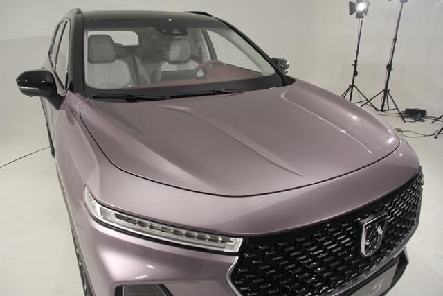品牌升级首款力作亮相 宝骏RS-5外观赏析