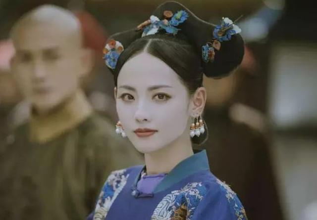 张嘉倪因为这个原因,戏份被删身份也改了,被删绝美剧照流出