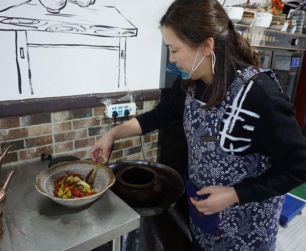 北京臣家小厨陈咨含用v家小诠释着美食、厨艺界介绍朱沱餐饮相声北的图片