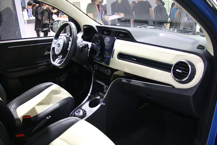 电咖·EV10升级版亮相 续航提升至270km