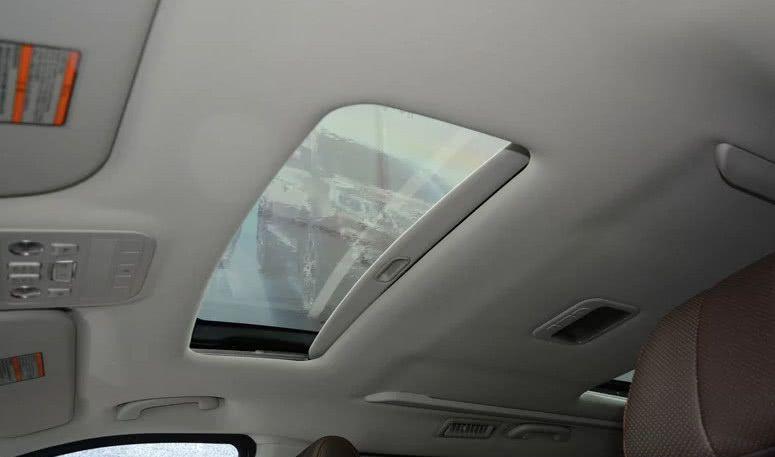 东风豪华面包车再度起航,两天窗搭配内饰,售价低至10万起!