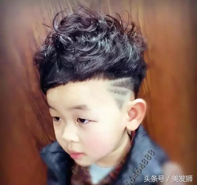2018精选男童人气发型68款,过年为发型选一款吸蓬松宝宝图片