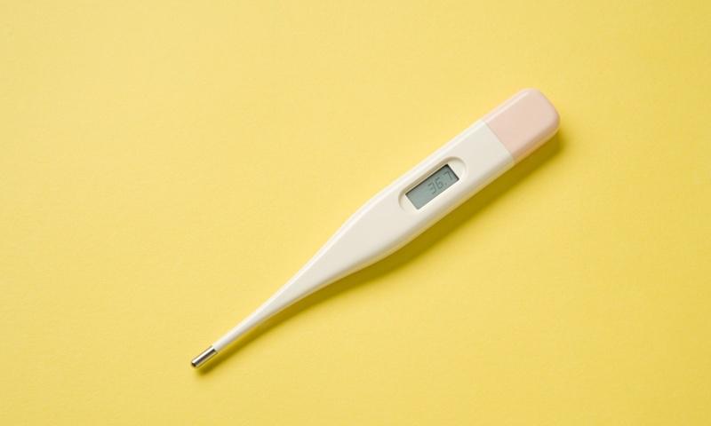 发烧了,用哪种体温计才好?4种体温计,优缺点大揭秘