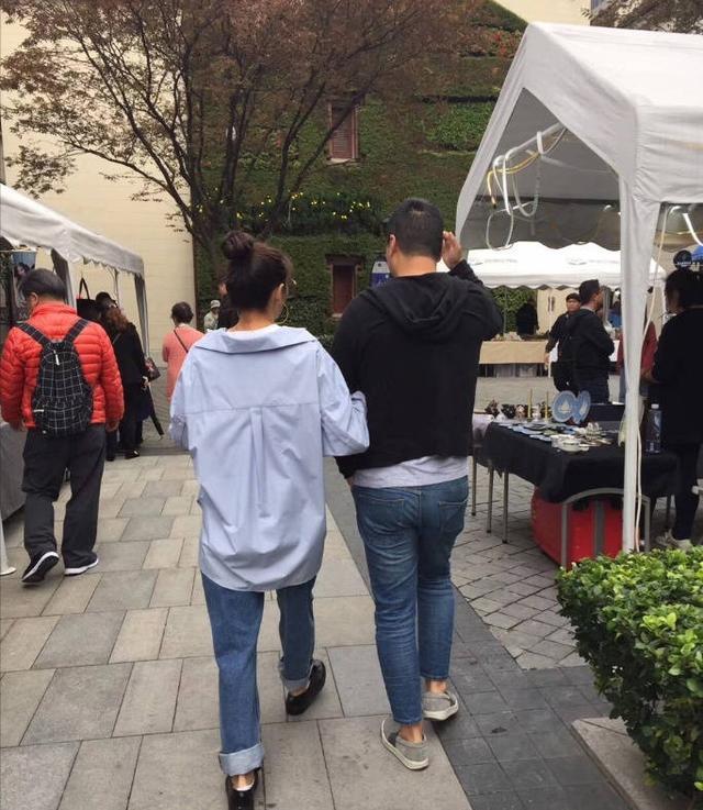 张雨绮和袁巴元携手逛街,这是复合了?知情人给出的答案出乎意料