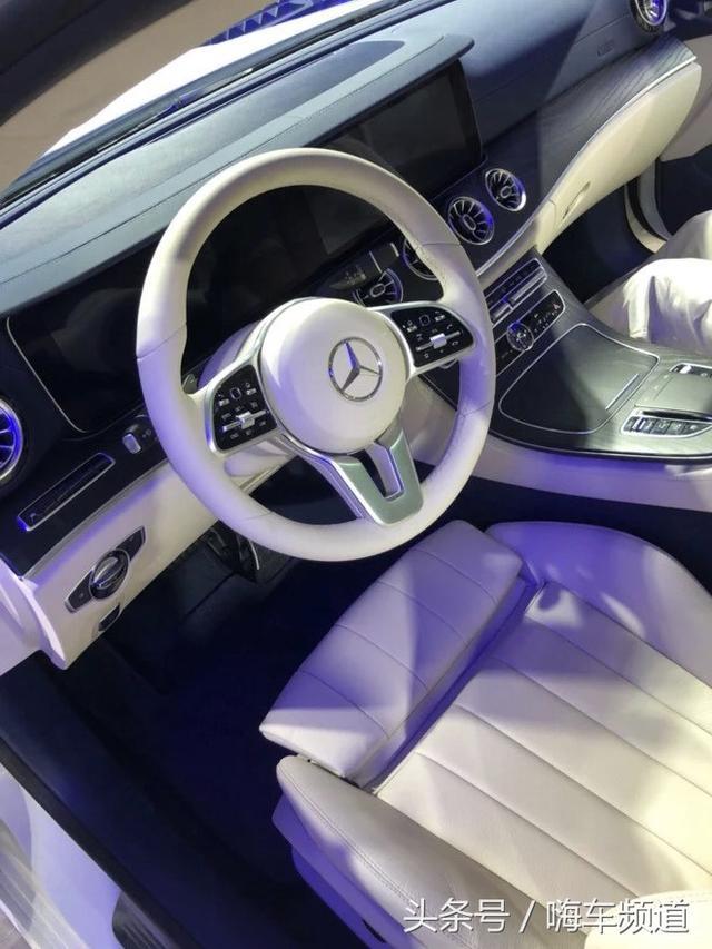 奔驰809版进口标轴E级到店实拍,全系标配柏林之声和全景天窗