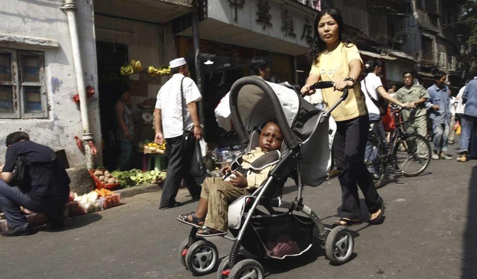 非洲人的生活黄色片_在广州生活的非洲黑人, 生活滋润安逸, 却也有难言之